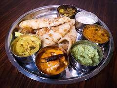 Masala Thali With Farata