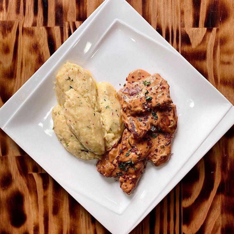 Creamy Skillet Chicken Cacciatore
