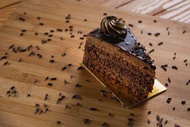 Gataeux- Chocolate (Slice)